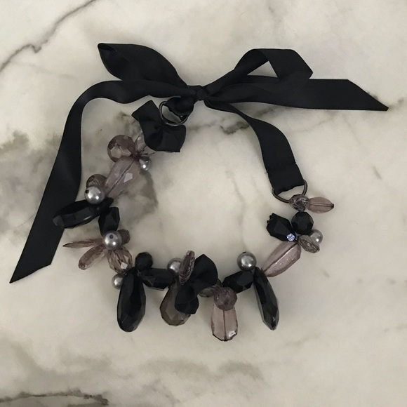 Jewelry - Black and Gray Statement Necklace